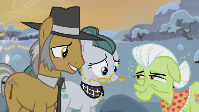 File:Igneous Rock Pie and Cloudy Quartz blushing S5E20.png