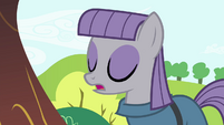 "Maud ""expressing myself through my wardrobe"" S4E18"