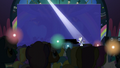 Unicorns light their horns as Rara sings S5E24.png