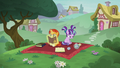 Flashback to foal Starlight and Sunburst S6E1.png