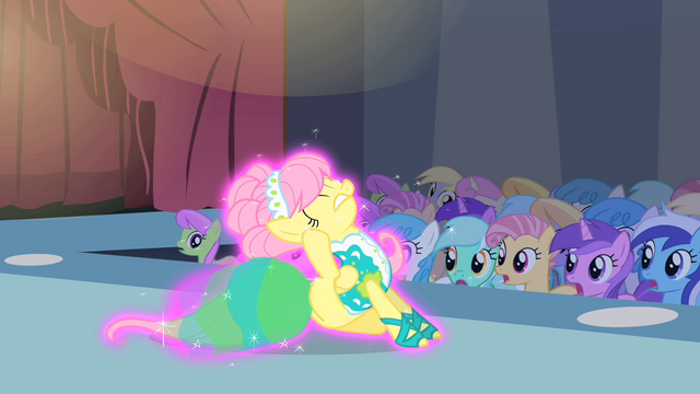 File:Fluttershy scratching her ear S1E20.png