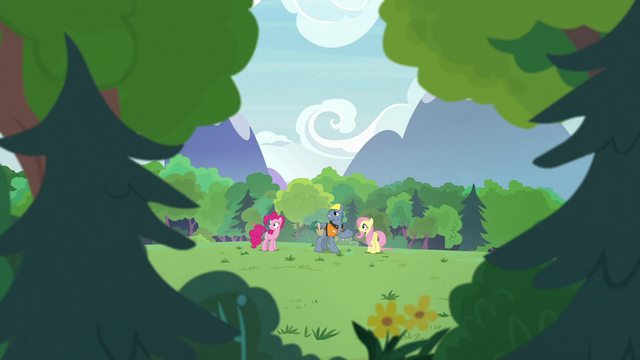 File:Hard Hat looking at the trees S7E5.png