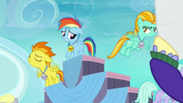 Pegasus foals flying away from filly Rainbow S7E7
