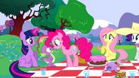 Pinkie PieHappyS2E25