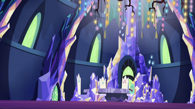 File:Zephyr Breeze in the sparkly throne room S6E11.png