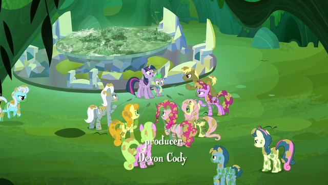 File:Ponies corner Twilight and Spike S5E26.png