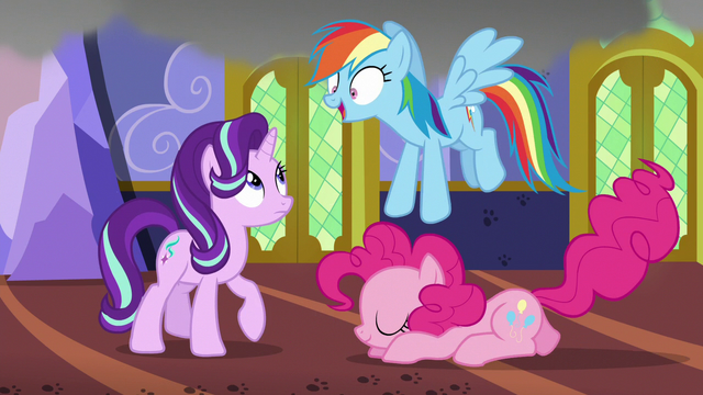 File:Rainbow Dash hears Starlight's request for water S6E21.png