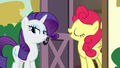 Strawberry Sunrise doesn't like apples S7E9.png