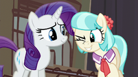 Coco Pommel winking at Applejack S5E16