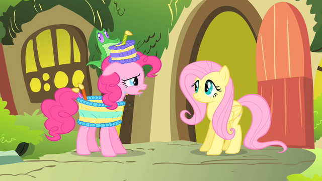 File:Pinkie Pie singing to Fluttershy S1E25.png