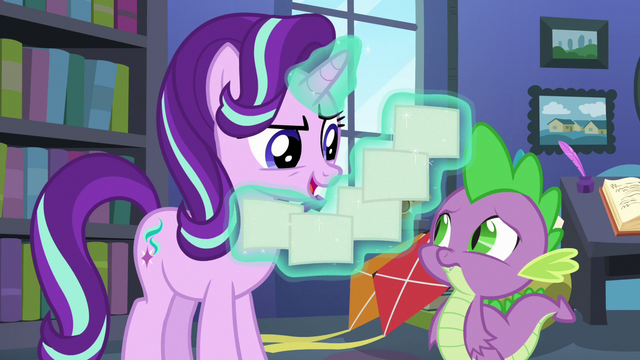 File:Starlight Glimmer levitating her lesson cards S6E21.png