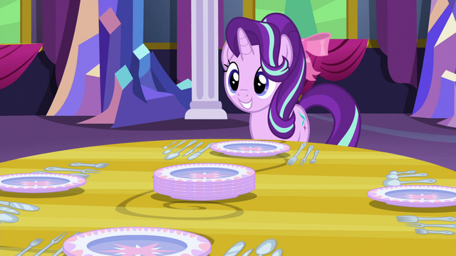 File:Starlight smiling S06E06.png