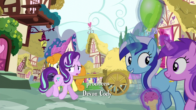 File:Starlight walking through Ponyville S6E6.png