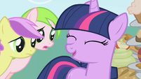 Twilight done with Applejack S1E01