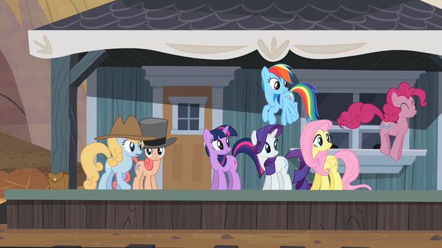 File:Pinkie Pie finds Applejack near the Dodge Junction station S2E14.png