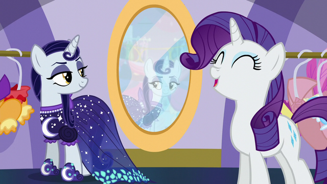 "File:Rarity singing ""that special gown that she just adores"" S5E14.png"