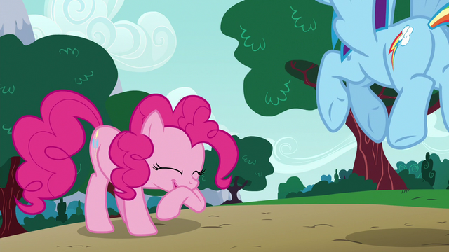 File:Pinkie Pie giggling at Dash's pranks S6E15.png
