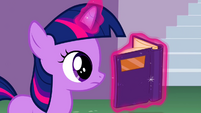 Filly Twilight reading S02E25