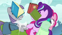 Starlight Glimmer crashes into Maud Pie S7E4