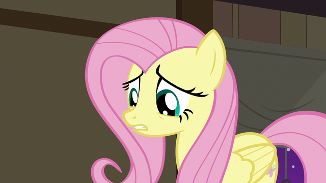 File:Fluttershy apologizing to the animals S7E5.png