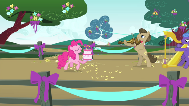 File:Pinkie Pie trotting with birthday cake S4E23.png