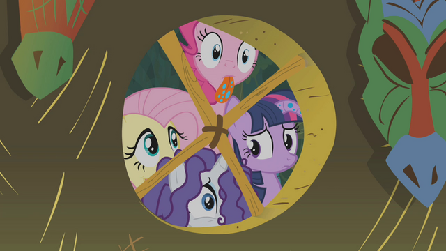 File:Twilight and friends look inside Zecora's hut S1E09.png