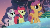 CMC looking at tree S02E12