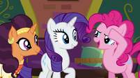 Pinkie Pie saluting to Rarity S6E12
