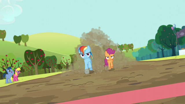 File:Rainbow and Scootaloo about to win the race S5E17.png