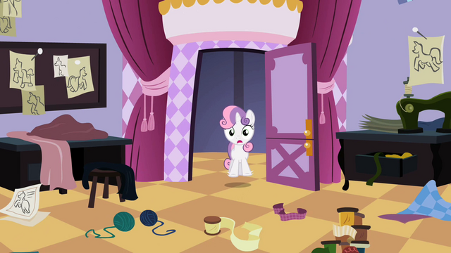 File:Sweetie Belle Mess S2E5.png