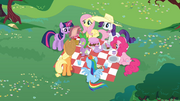 Receiving a Message from Celestia S02E25.png