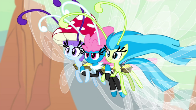 File:Seabreeze supporting other Breezies S4E16.png