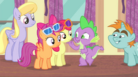 "Spike ""cheer up"" S4E19"