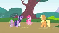 Pinkie Pie's mane twitching S1E15