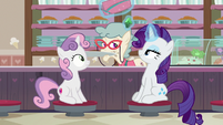 Rarity puts jewel under ice cream shop owner's hat S7E6