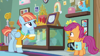 Windy Whistles explains Rainbow's first words S7E7