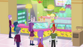 CHS and CPA students at Applejack's juice bar SS9.png
