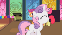 Sweetie Belle walking away S02E06