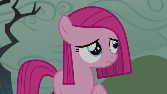 File:Filly Pinkamena looks up at the sky S5E25.png