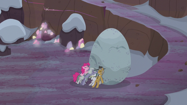 File:Pie family trying to push Holder's Boulder S5E20.png