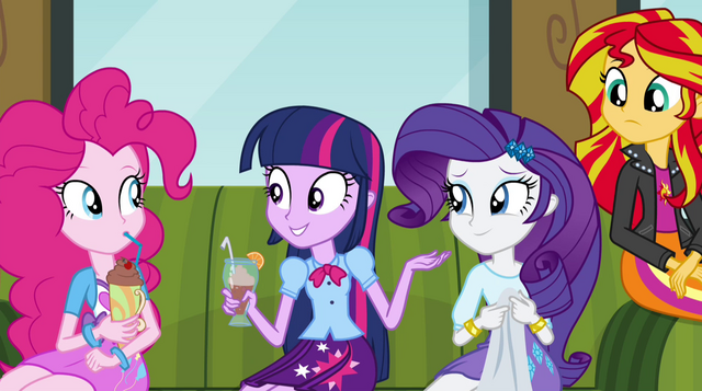 "File:Twilight asks ""what's new here?"" EG2.png"