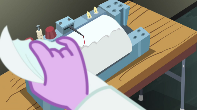 File:Twilight tearing the paper EG2.png