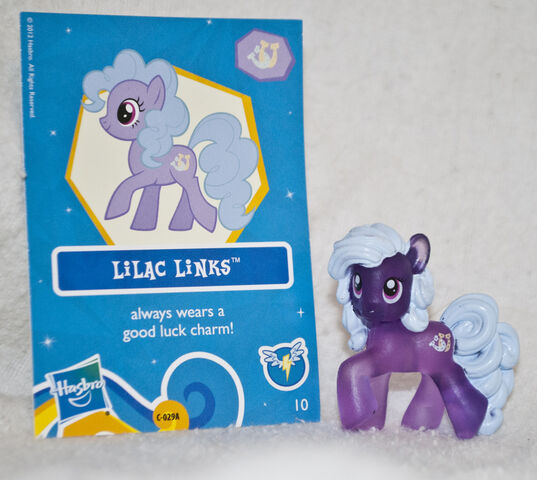 File:Wave 7 Lilac Links mystery pack.jpg