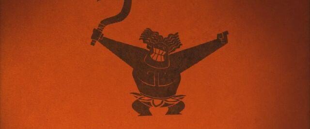 File:Mini Maui dancing .jpg