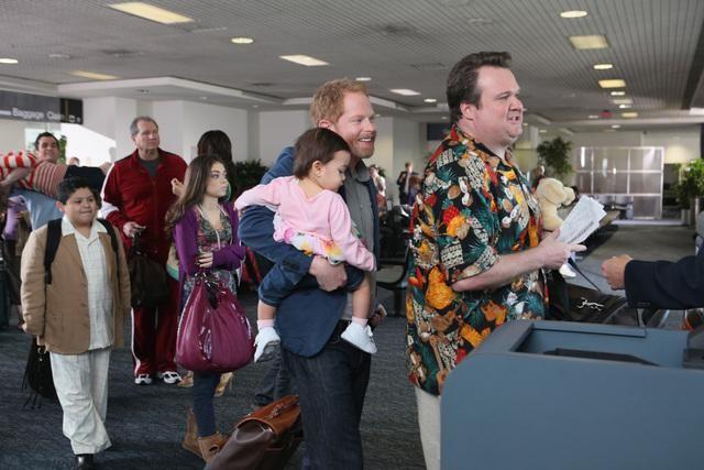 File:Airport 2010.jpg