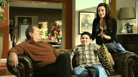 Modern Family Season 1 Gag Reel Bloopers