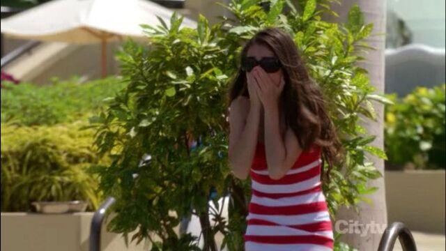 File:Haley in Hawaii.jpg
