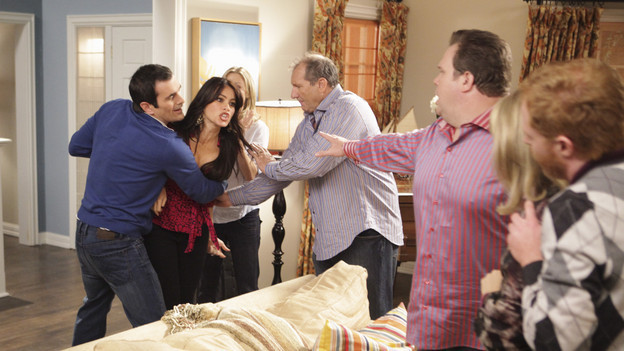 File:1x04-The-Incident3.jpg