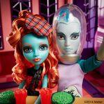 Diorama - two freshwater buddies