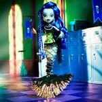 Diorama - Sirena's here